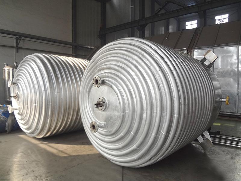 闭式不锈钢反应釜(外半圆管)